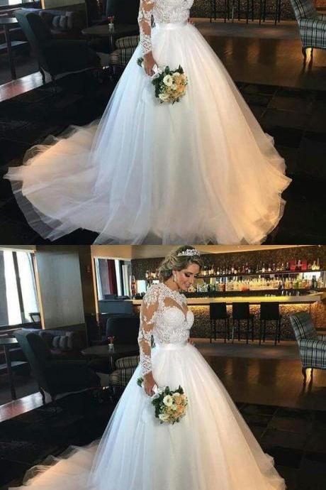 Vintage 2018 Lace Wedding Dresses Lace Applique Jewel Neck Long Illusion Sleeves Pleats Tiered Tulle Court Train Wedding Bridal Gowns